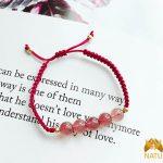 Vòng may mắn dây đỏ thạch anh hồng dâu tây - mệnh Hỏa, Thổ