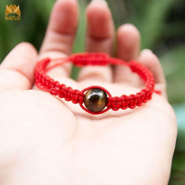 Vòng dây đỏ may mắn đá phong thủy – mix đá mắt hổ (5)